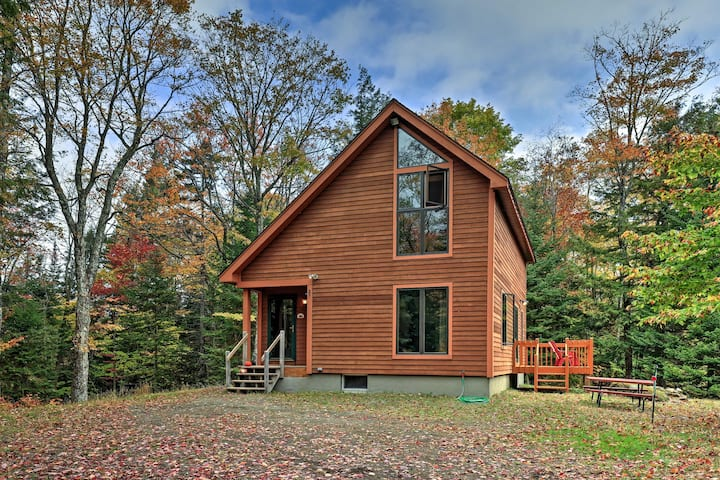 Cozy Garnet Hill Home by Hiking & Gore Mtn Skiing!