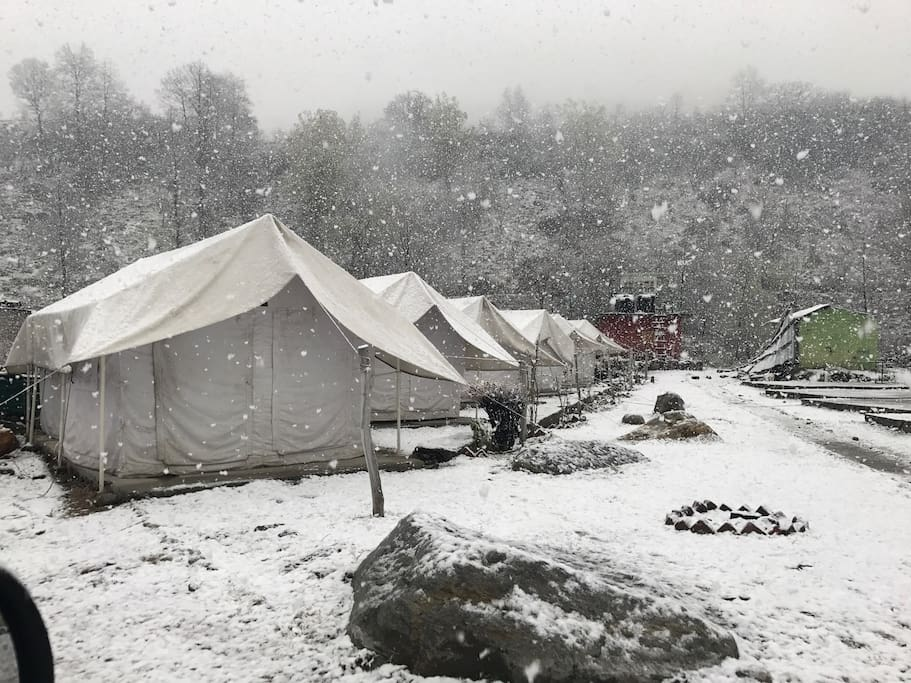 Thecamp in winters