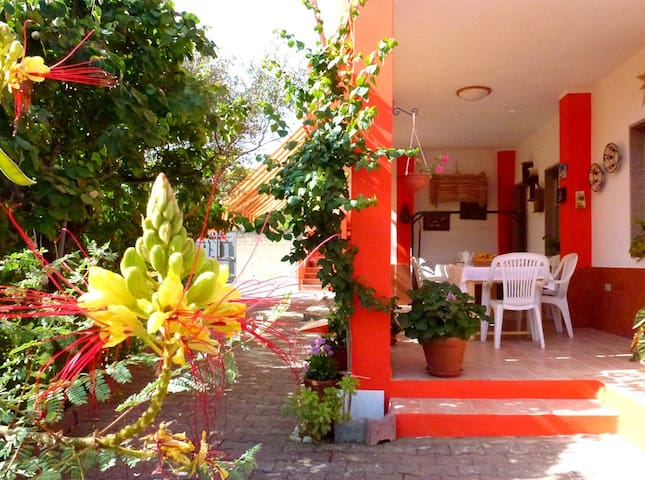 b&b casa Cuccuddau camera verde.( (Website hidden by Airbnb) 4055 )