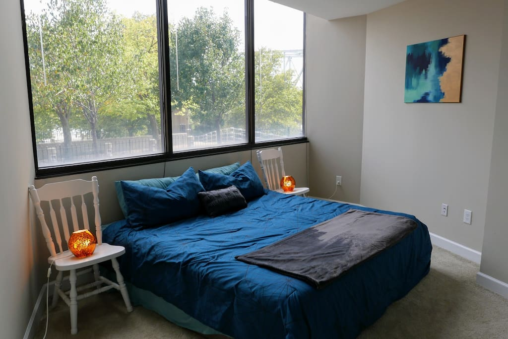 Your king size bed with amazing view of the river