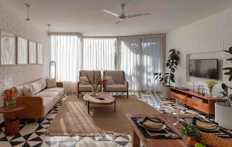 New Luxury 2 Bedroom Serviced Apt Near Candolim