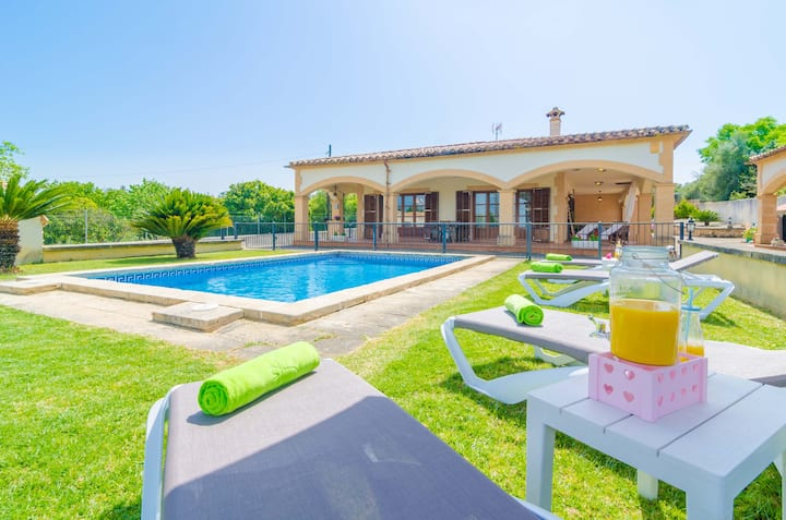 SES COVETES - Villa with private pool in Petra. Free WiFi