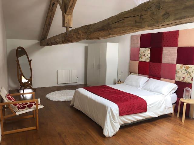 L'appartement des Figuiers : la chambre