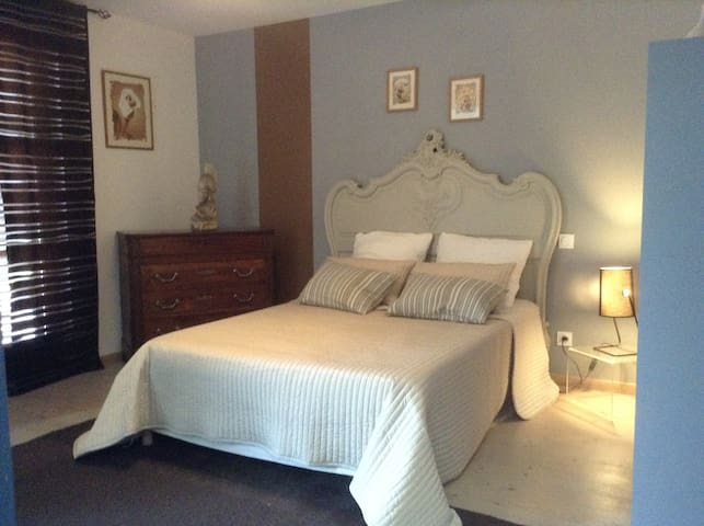 Chambre privé dans grande maison - Eaunes