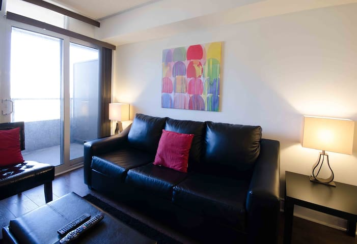 Luxury Apt 1+1 BDR-North York 2