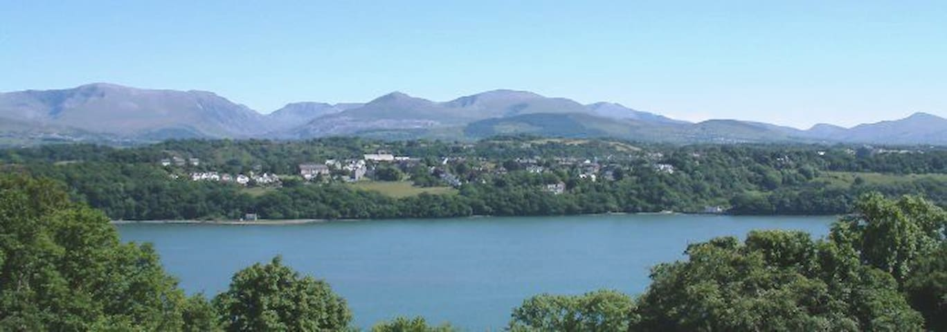 Hafod Lon Holiday Apartment - Llandegfan, Menai Bridge - Apartament