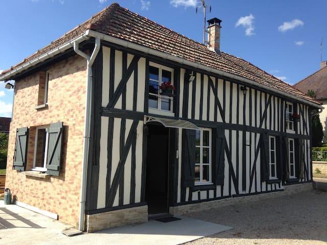 Petite maison champenoise cosy - Précy-Saint-Martin - Casa