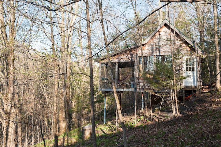 Deluxe Treehouse 1 hr from Toronto - Scugog - Treehouse