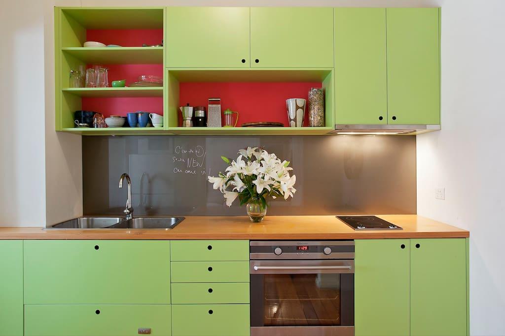 bright clean, kitchen, quality appliances