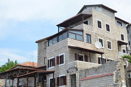Old Town Villa BURO 50m the bech - Ulcinj