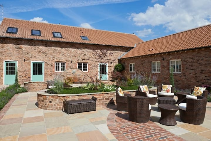 City Apartments - The Granary, Holtby Grange, York