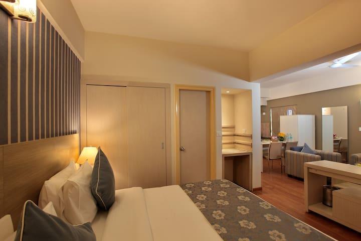 Deluxe Suite Bangalore