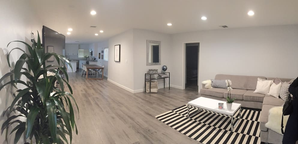 New, Clean, Modern, Central 2BD