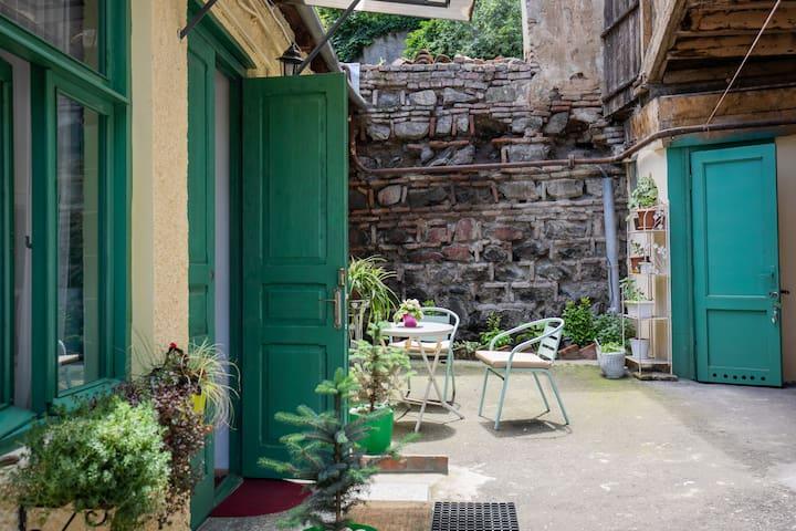 Sololaki Garden House