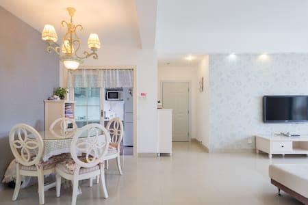 一位爱美食和旅行的Amoy人在中山路的家foodie&traveler - 厦门 - Apartment