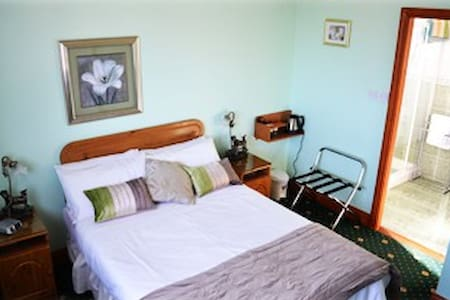 Award winning  B&B in Tramore - Tramore - Bed & Breakfast