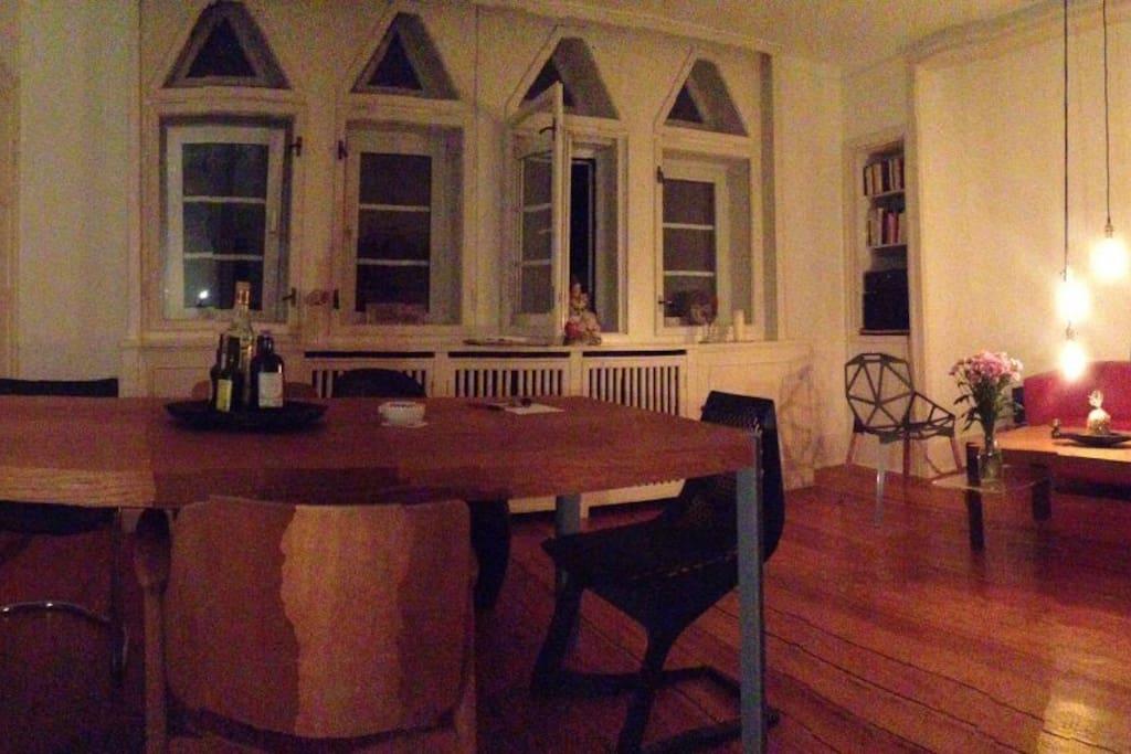 charmante wohnung in altbauvilla wohnungen zur miete in kiel schleswig holstein deutschland. Black Bedroom Furniture Sets. Home Design Ideas