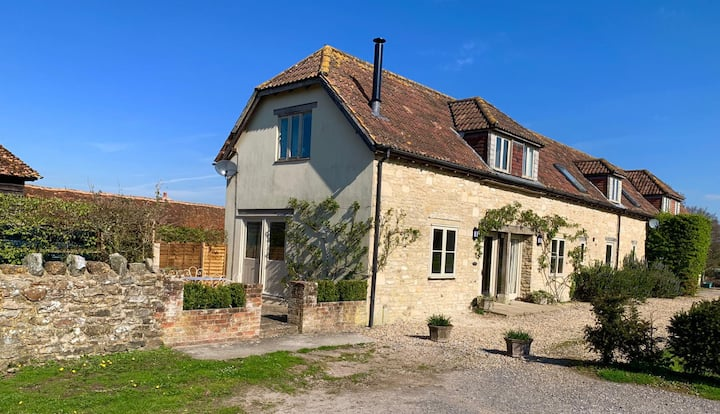 Kingswood Cottage, Nr Bruton (newly renovated)