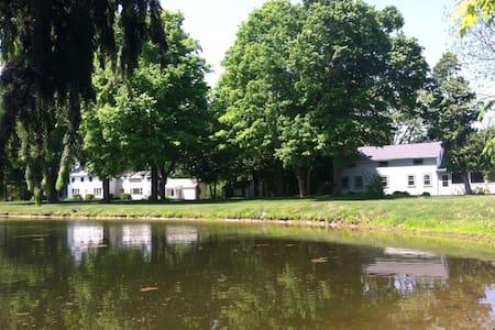 Laniakea Victorian Farmhouse - Ghent