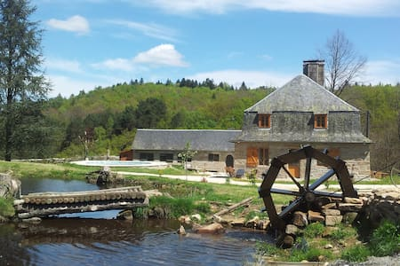Grand gîte familial corrèze jacuzzi