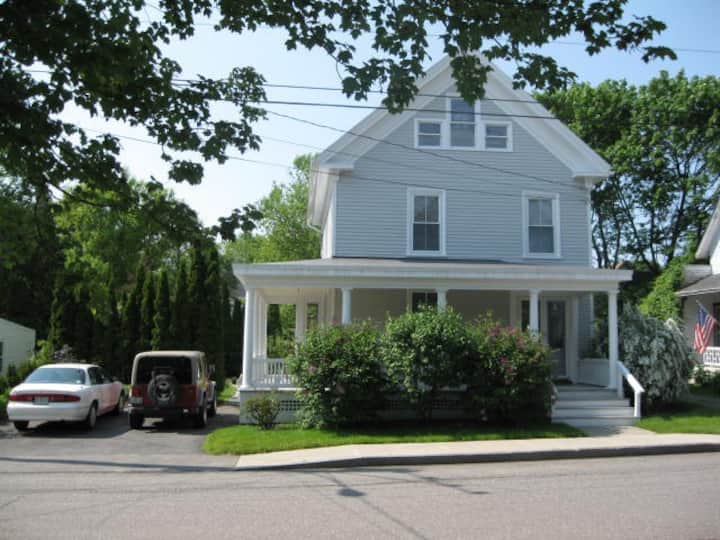 Single family Victorian Home:  Permit #STR21-35
