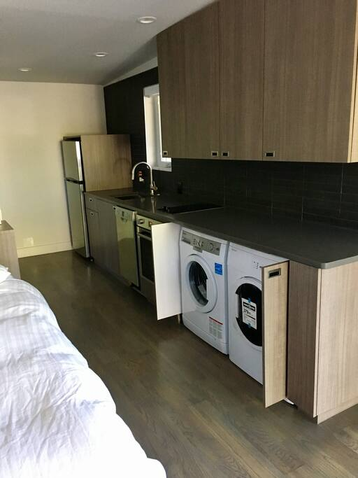 Brand new washer & dryer & kitchen.