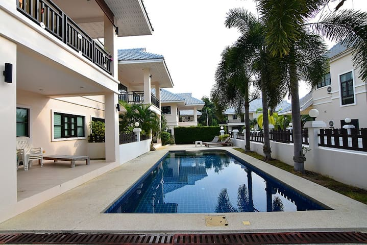 Beautiful condo 3 br for 5 people
