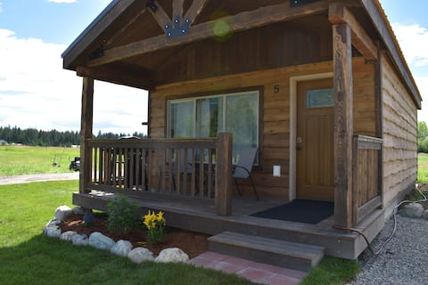 Newly built cabin #5 close to Glacier Natl Park.