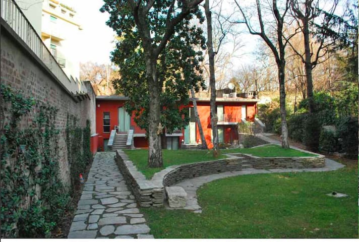 The ROYAL COTTAGE in MilanoDowntown - Milano - Villa