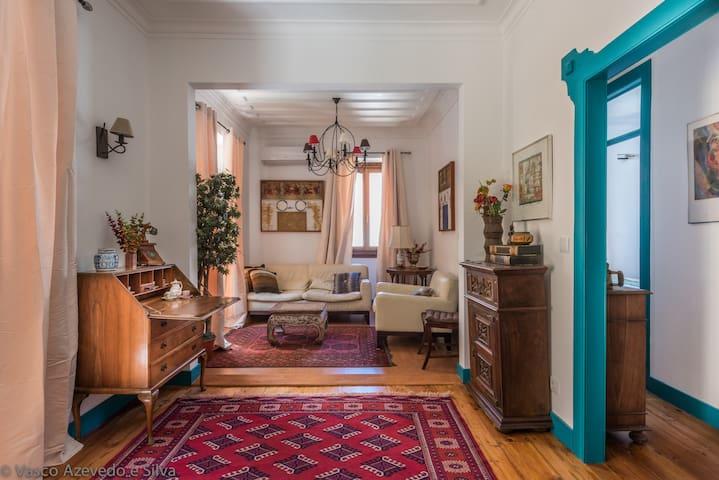 Sintra lovely Poet's Villa Suite 1 - Sintra - Bed & Breakfast