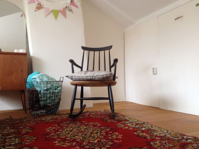 Topfloor, Comfy bed, @Veluwe - Ede - Dům