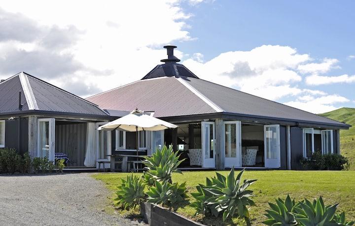 Blackhouse Luxury Lodge, Wainui Bch, Gisborne