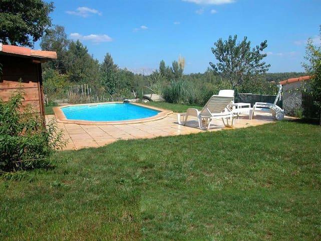 petite propriété avec piscine - Mimet - Huis