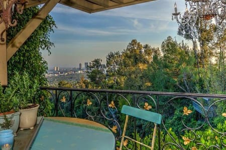 Provence in the Hills - Los Angeles - Hus