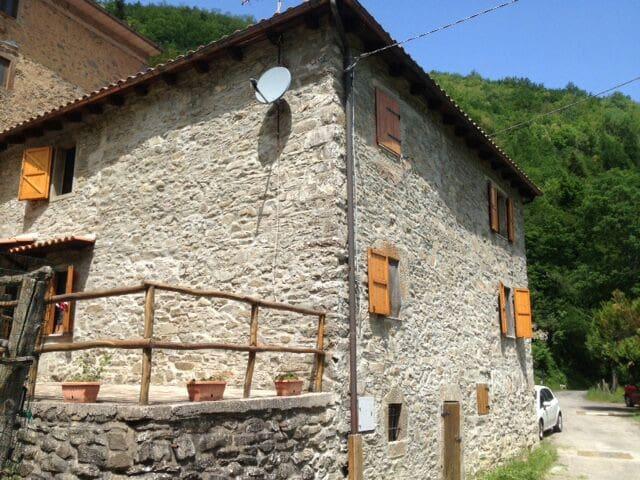 Tuscan stone house - Casa toscana - Docciola - House