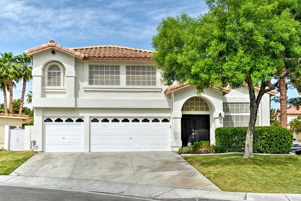 This gorgeous home is conveniently located just 15 minutes from the Strip!