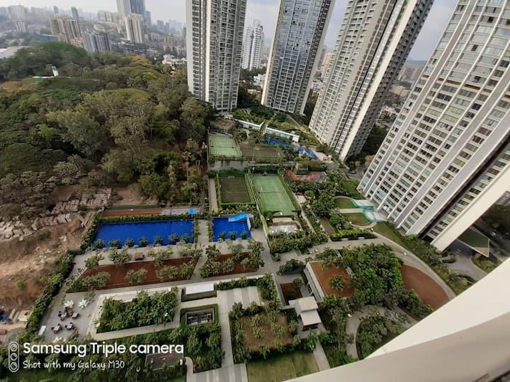 Ultra-luxurious 3BHK entire Apt-Oberoi Garden City