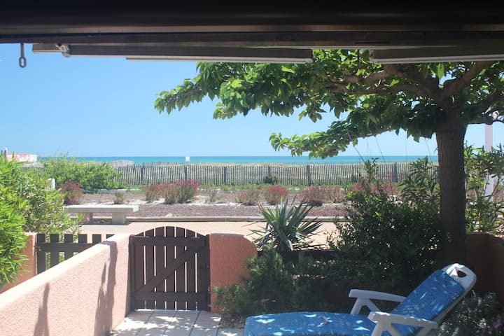 maison face à la plage front de mer - Le Barcarès - Hus