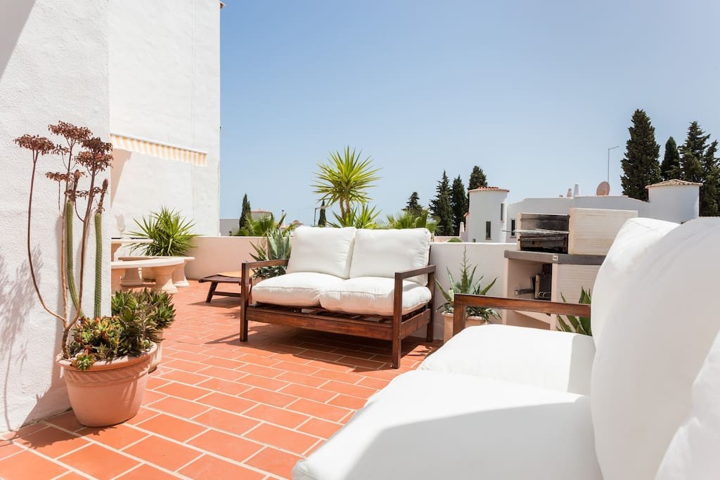 CASA SUESTE - Large terrace facing south with barbecue and sea view