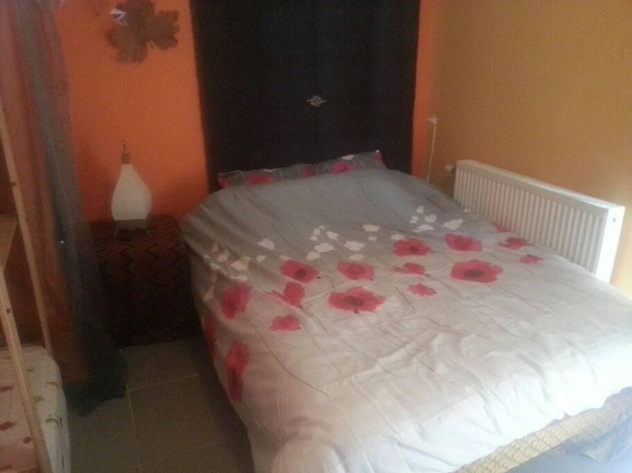 Le lit... Un vrai un bon !