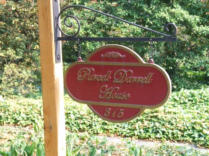 Purcell Darrell House B&B - Bassett Room