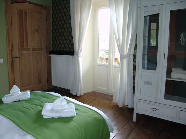 Le Buala, Chambre Estive - Antist - Bed & Breakfast
