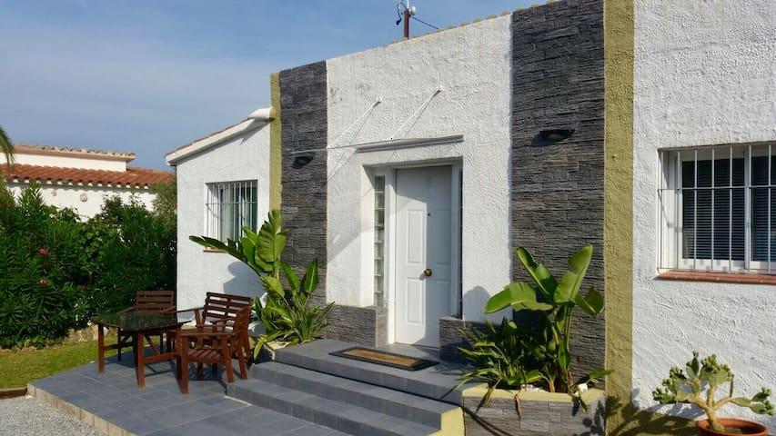 Oferta 97€ noche para abril y mayo - El Mas Boscà - House