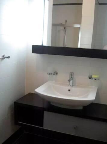 Modern Apartment in Luxury Residence - Tas-Sliema - Huoneisto