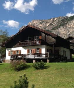 Beautiful Chalet with garden - Selva di Val Gardena - キャビン