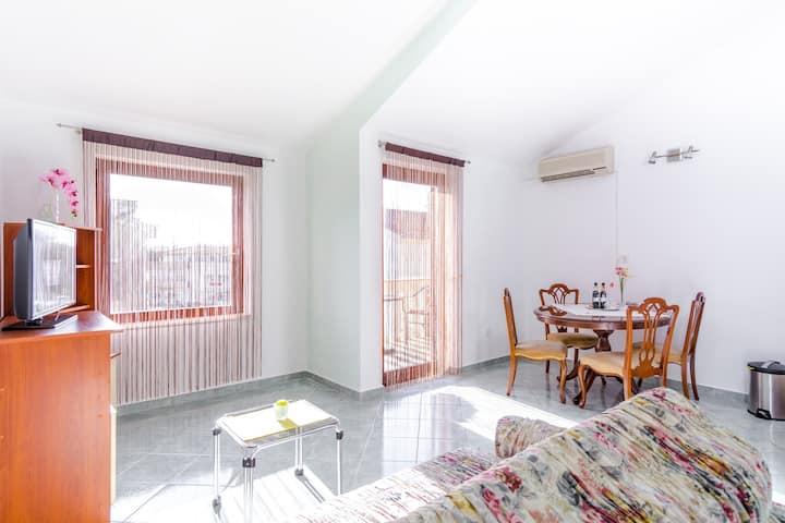 apartment Bougainvillea