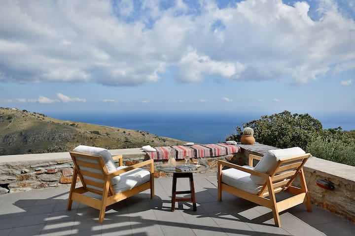 The Oak Tree House, sea view, Orkos Kea - Kea Kithnos - Hus