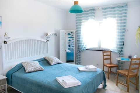 "Casa Sardinhas - ""Luz"" - Double room En-Suite"