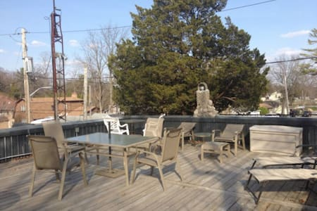 Recently Renovated Cottage - Lambton Shores