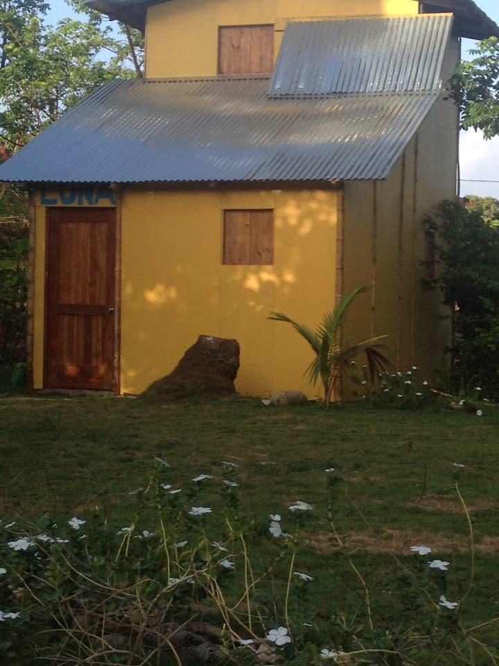 Casa Luna. Dobedo. Little Corn Island